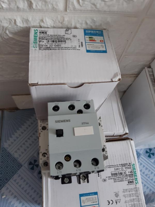 Cotactor Siemens Model: 3TF4522-0XF0